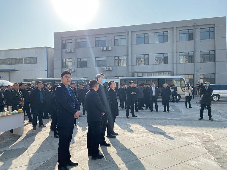 热烈欢迎阳谷县各级领导莅临东大塑业参观指导